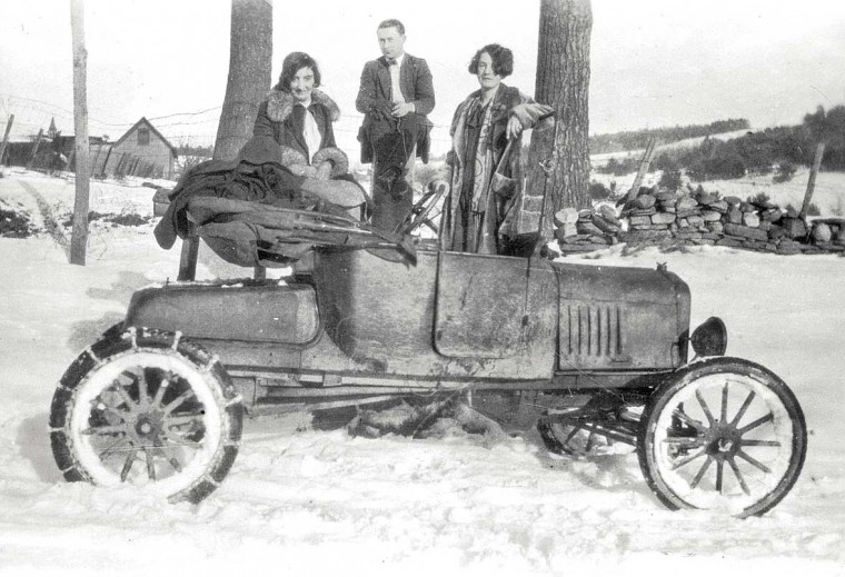 Первые цепи противоскольжения на Форде